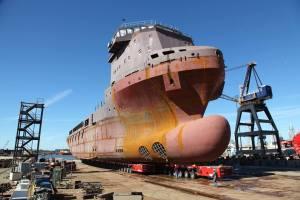 MovingBoats33